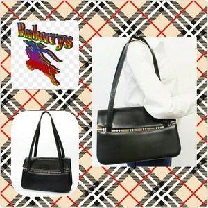 Burberrys Handbag EUC
